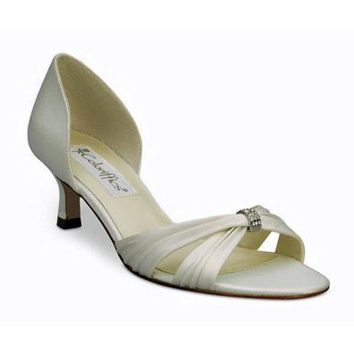 Fantasy Ivory Low Heel Bridal Shoes
